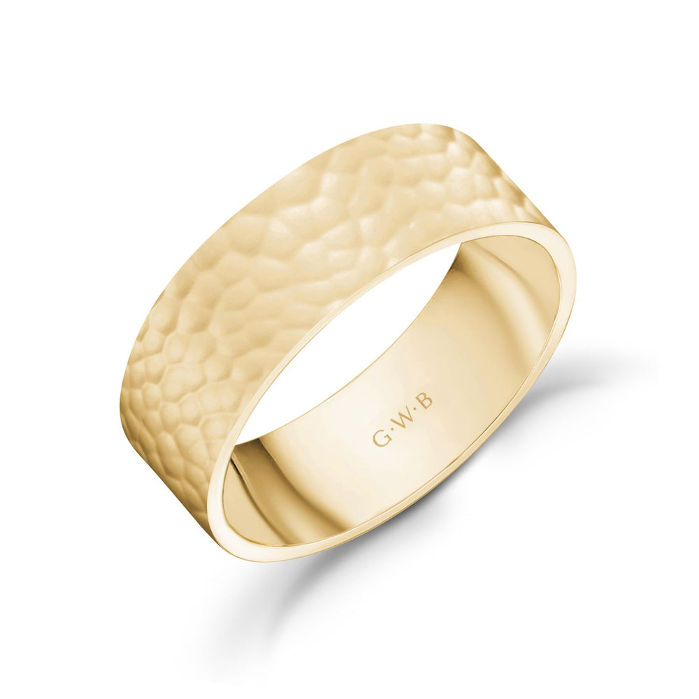 Load image into Gallery viewer, 7mm 18K Gold High Polished Hammered Wedding Band