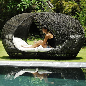 Outdoor Furniture, Wicker Canopy Bed