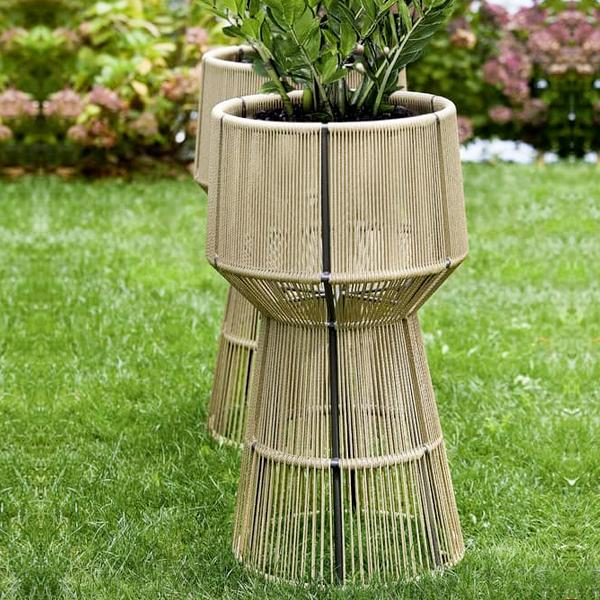 Outdoor Braided & Rope Planter - Pristine