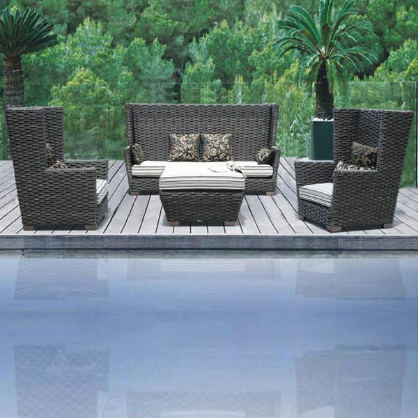 Outdoor Furniture - Wicker Sofa - Regal