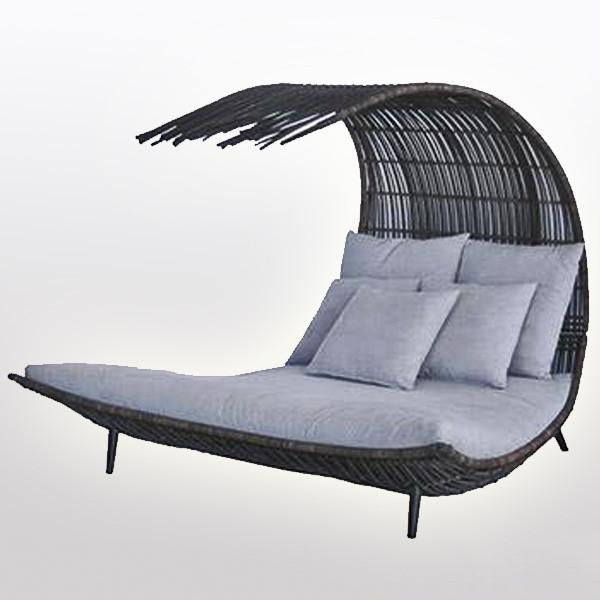 Outdoor Wicker Canopy Bed - Waves