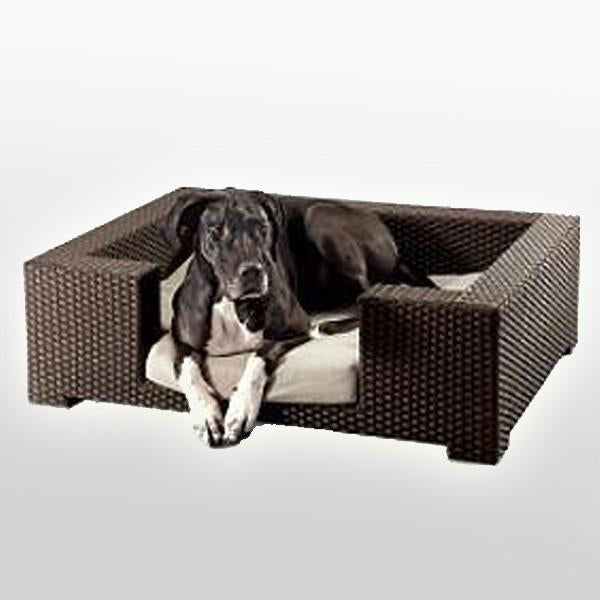 Outdoor Wicker Dog Basket Superior