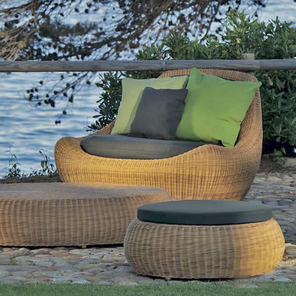 Outdoor Wicker Sofa - Elements