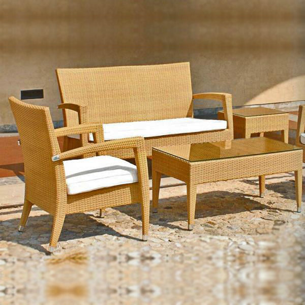 Outdoor Furniture - Wicker Sofa - Natural