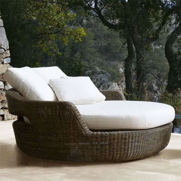 Outdoor Furniture - Canopy Bed - Shadow