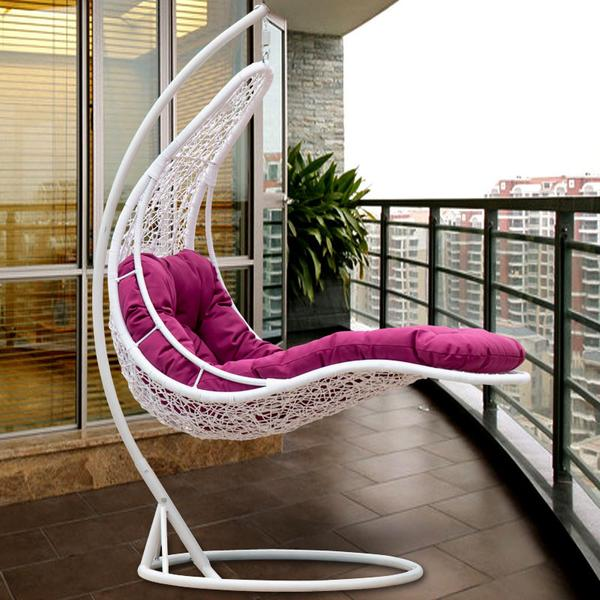Outdoor Wicker Swing - Petals