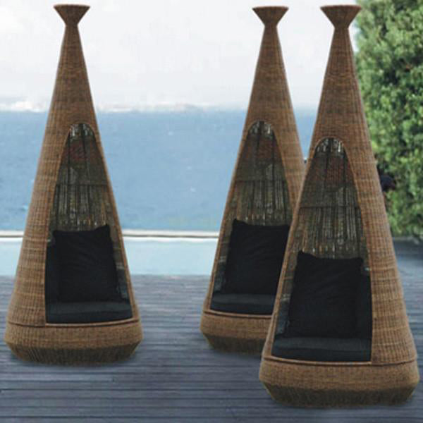 Outdoor Wicker Canopy Bed - Island
