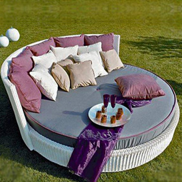 Outdoor Furniture- Day Bed - Prime