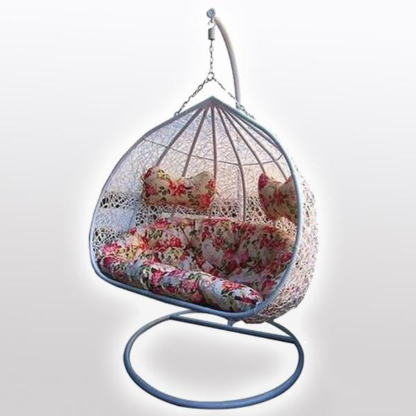 Outdoor Wicker Swing - Wind