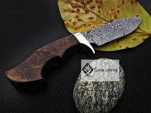 Load image into Gallery viewer, CUSTOM MADE, FEATHER PATTERN,SCENIC HANDLE, OUTDOOR HUNTING, FIGHTING CLAW KNIFE - SUSA KNIVES