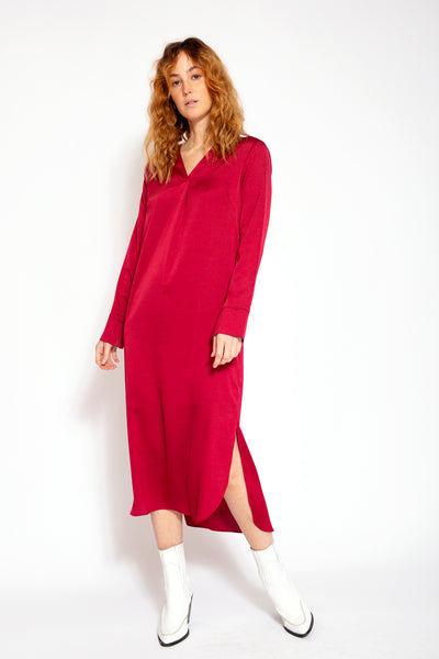 Midi dress with V-neck and split at bottom-Wine red