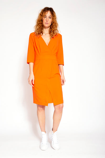 Summer dress with low V-neck - Coral