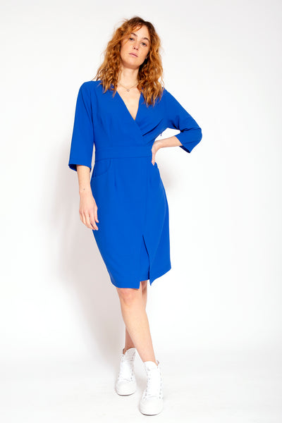 Summers low V-neck dress with blue