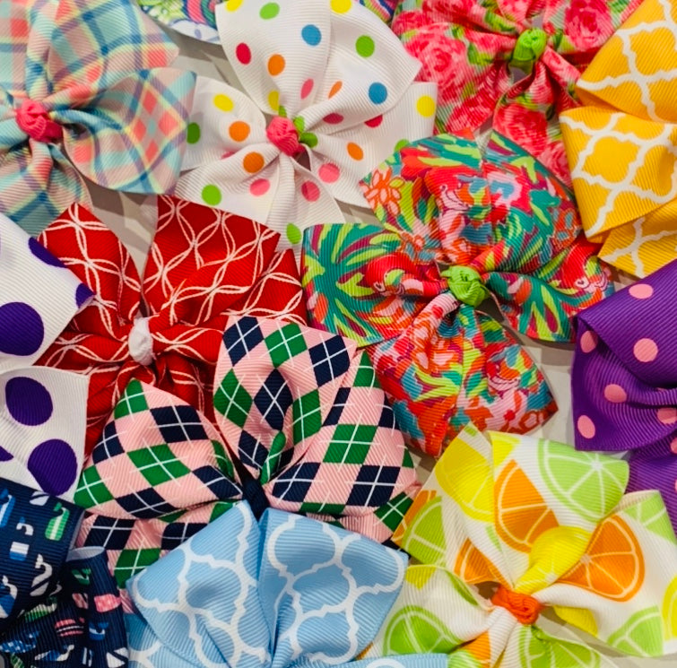 Large Pinwheel Bow Grab Bag