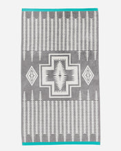 Load image into Gallery viewer, Pendleton Harding Grey Spa Towel