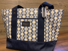Load image into Gallery viewer, Pendleton Canopy Canvas Tote
