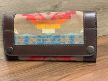 Load image into Gallery viewer, Pendleton Trade Wallet