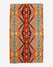 Load image into Gallery viewer, Pendleton Oversized Jacquard Spa Towel - Sierra Ridge