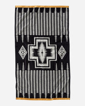 Load image into Gallery viewer, Pendleton Oversized Jacquard Spa Towel - Harding Black