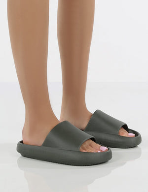 Solar Dark Grey Rubber Flat Sliders
