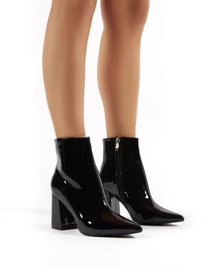 Empire Wide Fit Black Patent Pointed