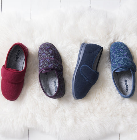 Holly - Cosyfeet - The Slipper Box