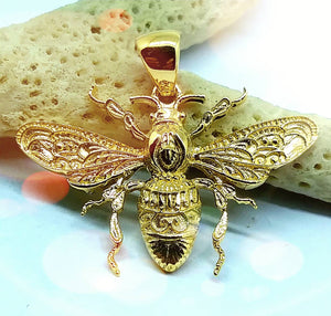 The Bee Kind 14k gold Bee Pendant