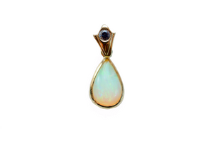 Oru 18K Gold Opal Pendant Necklace with Blue Sapphire Bail