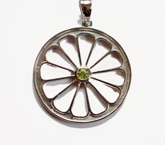 Pompelmo Sacred Geometry Silver Pendant Necklace with Peridot