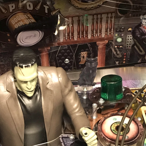 The Munsters Pinball Kitty