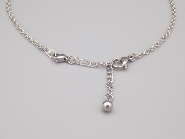 Necklace with ball extension chain