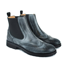 Load image into Gallery viewer, Chelsea boot in black calf leather with vintage effect