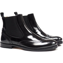 Load image into Gallery viewer, Brogues chelsea boots in black calf leather
