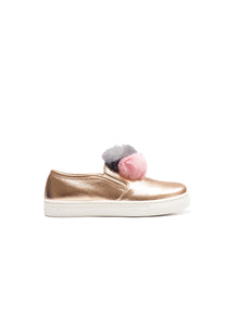 Slip on with ponpon application in champagne elk leather