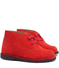Load image into Gallery viewer, Desert boots in red suede