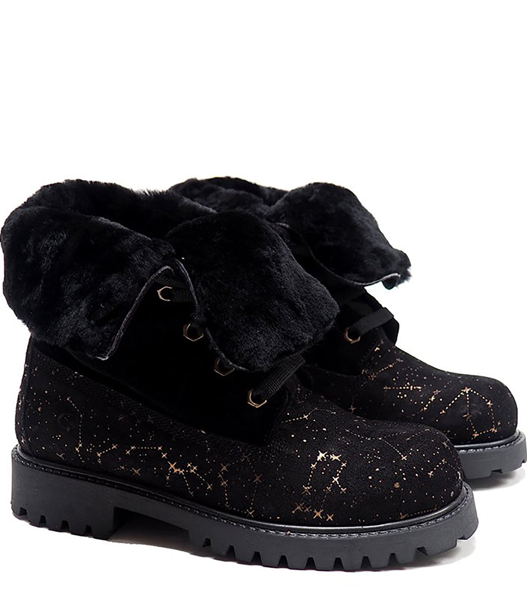 Boots in black suede with galattical effect and shearling