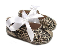 Load image into Gallery viewer, Baby Girls Newborn Shoes in Python print