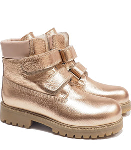 Double straps boots in metallic effect champagne elk leather