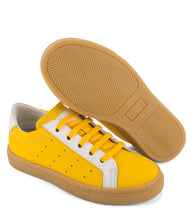 Load image into Gallery viewer, Yellow leather sneakers with amber sole