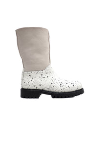 Boots in White Spryed Effect Elk Leather and Beige Suede with Fur