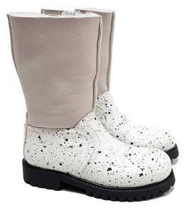 Boots in White Spryed Effect Elk Leather and Beige Suede with shearling