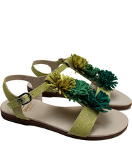 Load image into Gallery viewer, Fringe sandals in lime leather