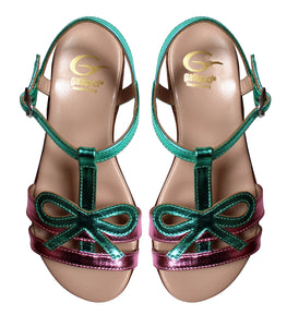 Bow sandals in metallic leather
