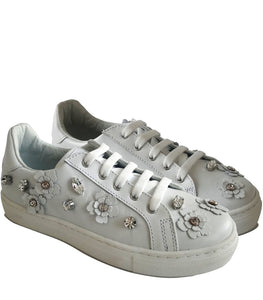 Low-Top Sneakers in White Calf Leather with Floral Accessories