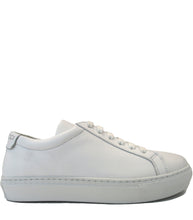 Load image into Gallery viewer, White sneakers in calf leather