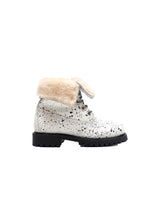 Load image into Gallery viewer, Boots in White Spryed Effect Elk Leather with Fur