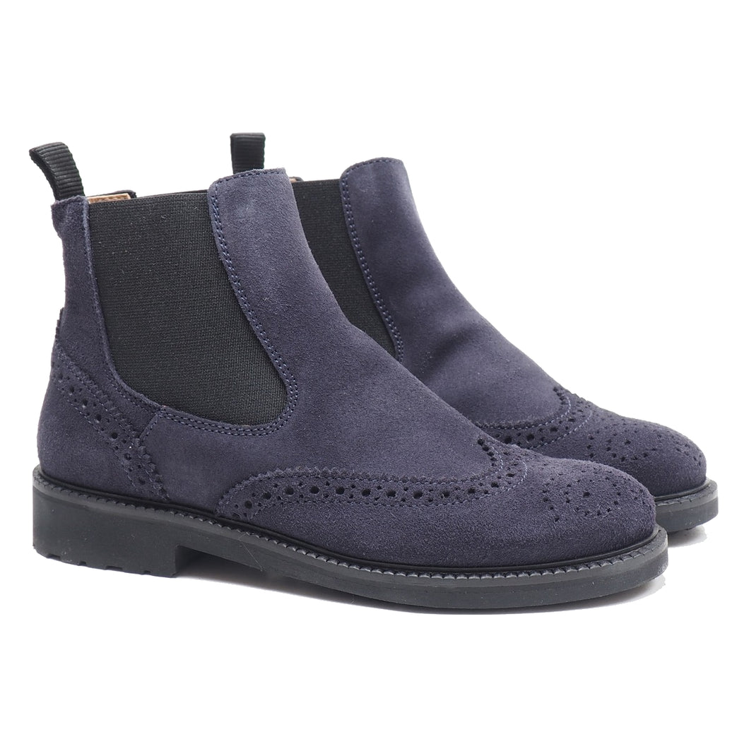 Chelsea boots in night blue velour