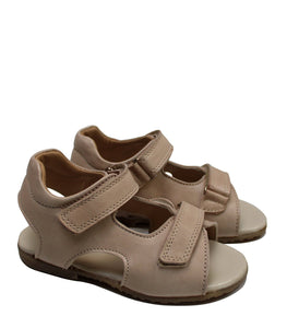 Double straps sandals in natural leather