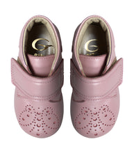 Load image into Gallery viewer, Pink toddler brogue shoes