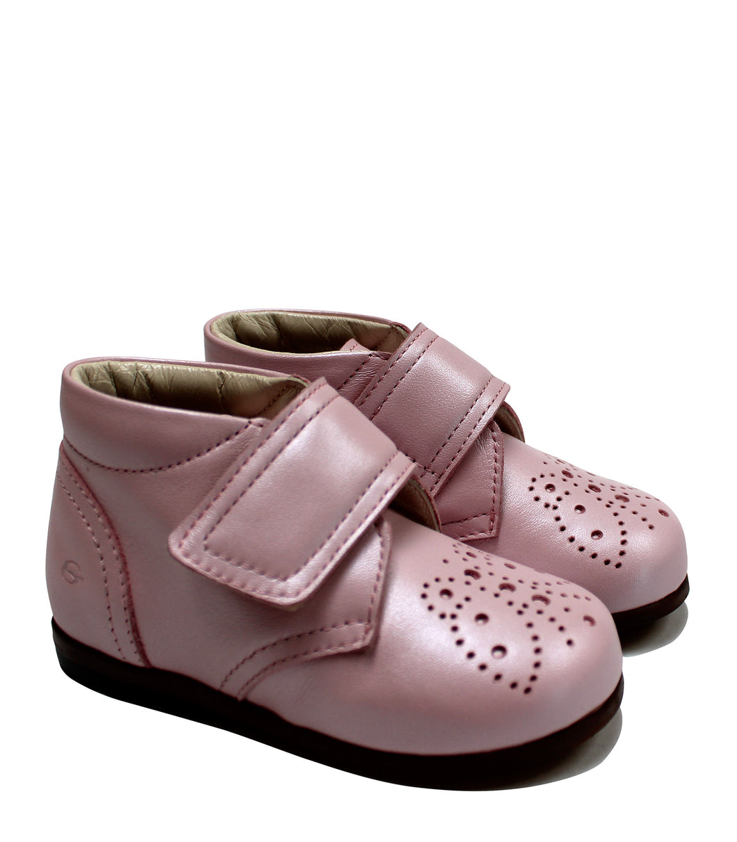 Pink toddler brogue shoes